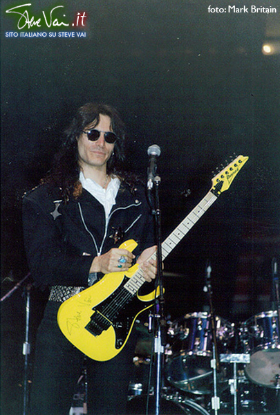 steve vai - houston - passion and warfare tour