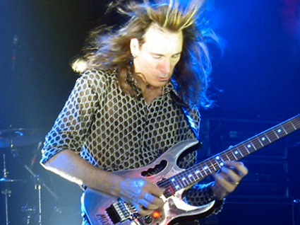 stevevai.it - steve vai stoccarda real illusions reflections tour