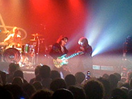 stevevai.it - Steve Vai new york sound theories tour