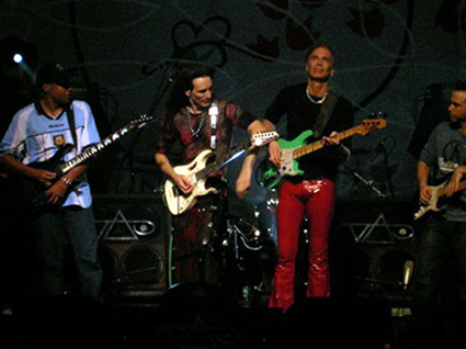 stevevai.it - Steve Vai - New York - Real Illusions Reflections Tour