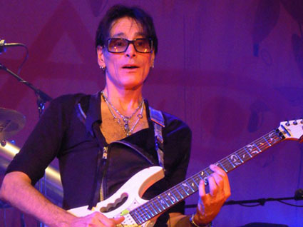 stevevai.it - steve vai milano the story of light tour