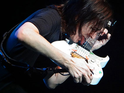 stevevai.it - steve vai roma the story of light tour