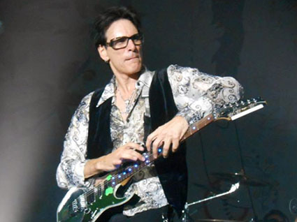 steve vai Saint Julien en Genevois the story of light tour