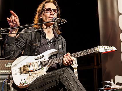steve vai vienna alien guitar secrets masterclass 2014